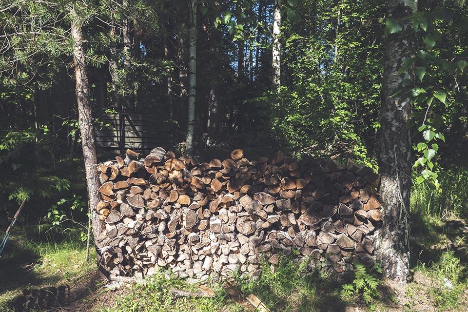 薪割り フィンランド サウナ