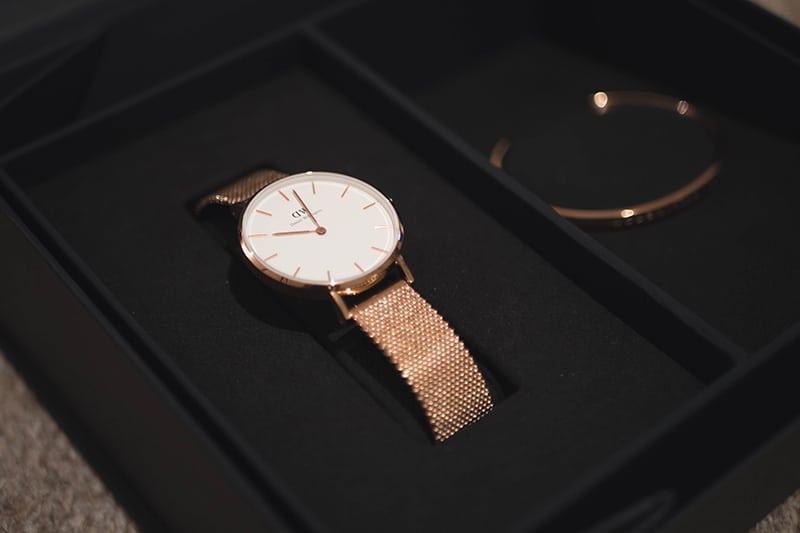 カフと腕時計